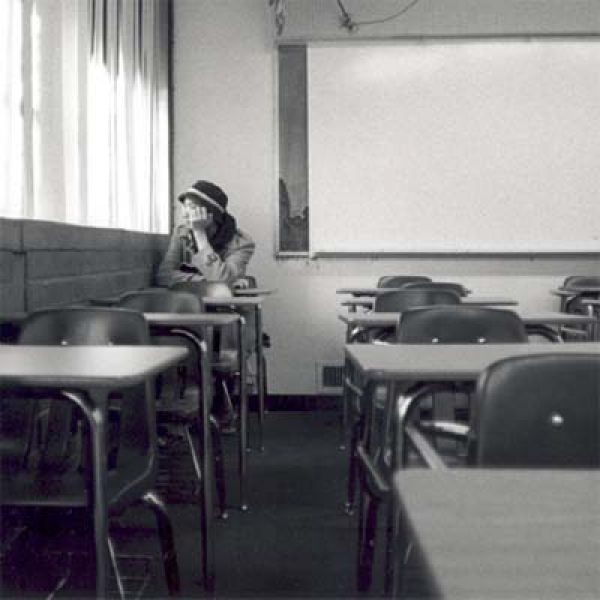 Resultado de imagen de student alone